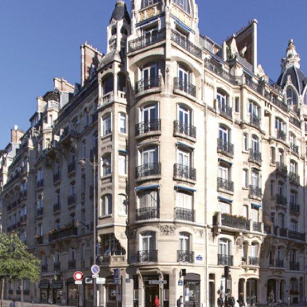 Rue De Courcelles Paris 8eme